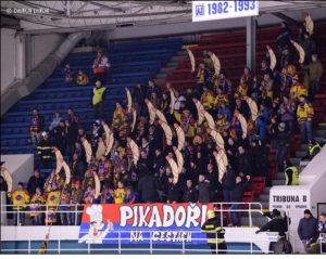 c35dd7dacbdc5 ... série se výhoda domácího prostředí převrátila na stranu Havířova, na  horkou slezskou půdu se vydal také nezanedbatelný počet fanoušků z jihu  Čech.